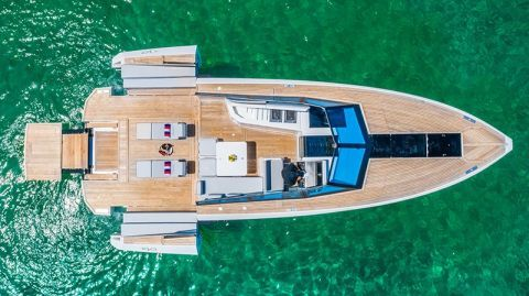 Evo Yacht R4 43